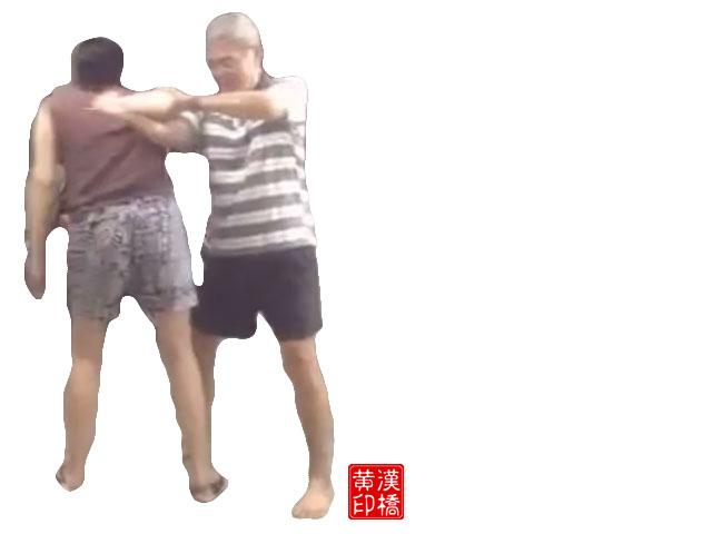 Taiji subdues a dagger by :怀中抱月(一)+ 斜飞势